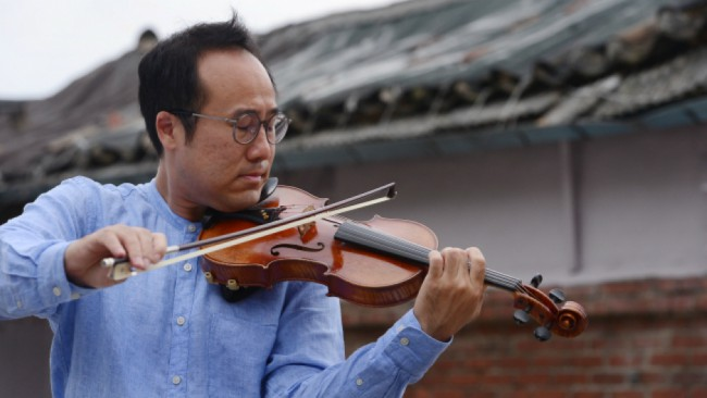 Faith in Humanity - The Lindenbaum Festival Orchestra recently performed in the Demilitarized Zone which forms the border between North and South Korea so that people across both borders could hear the music. Founder Hyung Joon Won aims to aid communication between the nations by building a bridge through his music, showing the two how alike they truly are.