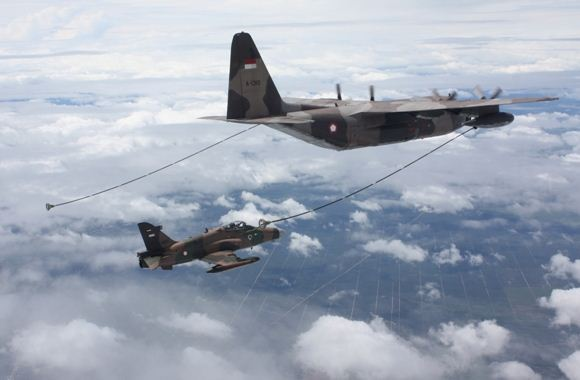 Air refueling Hawk 100/200