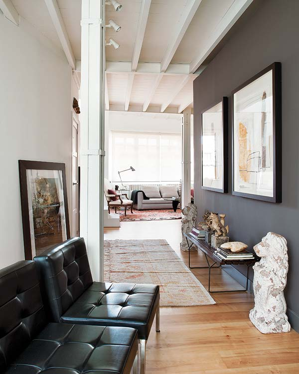 20 Remarkable Modern Hallway Designs That Will Inspire You: DARKNESS FALLS / LESZÁLL A SÖTÉTSÉG