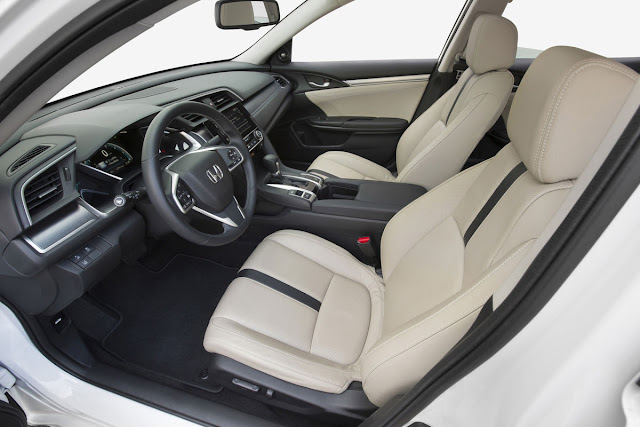 2016 Honda Civic interior