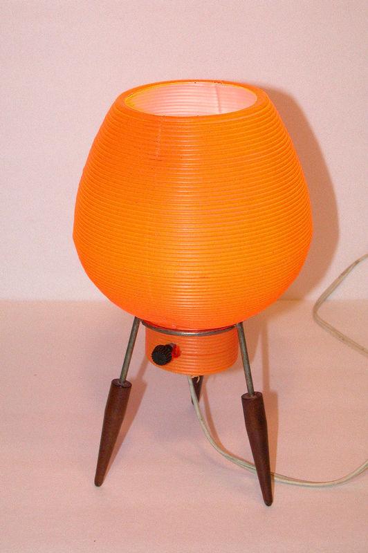 halloweeniana atomic space age halloween orange table lamp eames era. Black Bedroom Furniture Sets. Home Design Ideas