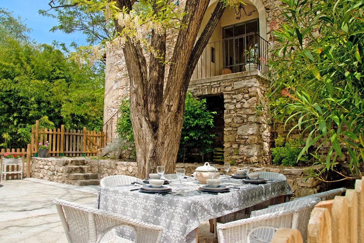 Vacation Property Provence Sleeps 9