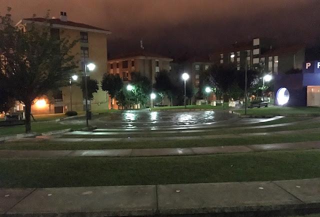 parque de las Esculturas, detrás del palacio de justicia