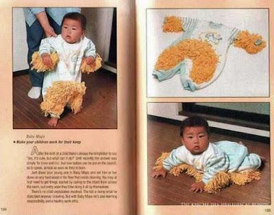 Lustiges japanisches Baby Gadgets - Staub wischen mit Babystrampler