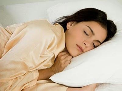 4 makanan yang boleh menjamin tidur yang berkualiti