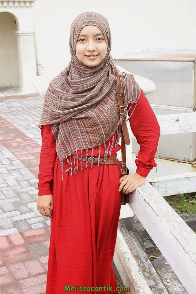 foto pesona cewek madura cantik dengan jilbab kumpulan