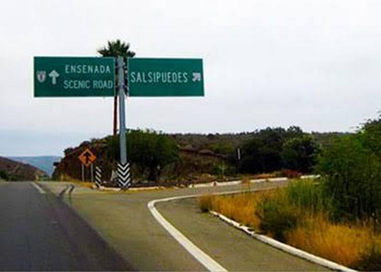 Encuentran cabezas humanas en autopista Tijuana-Ensenada