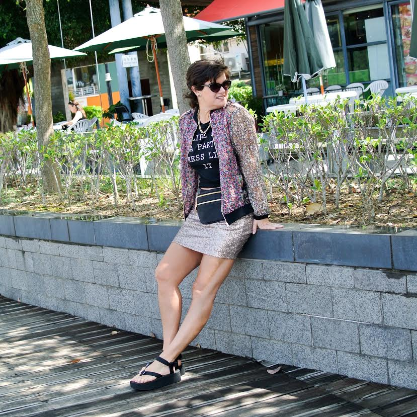 Anne from Kremb de la Kremb with a fancy to daytime look on Fashion and Cookies fashion blog, fashion blogger style