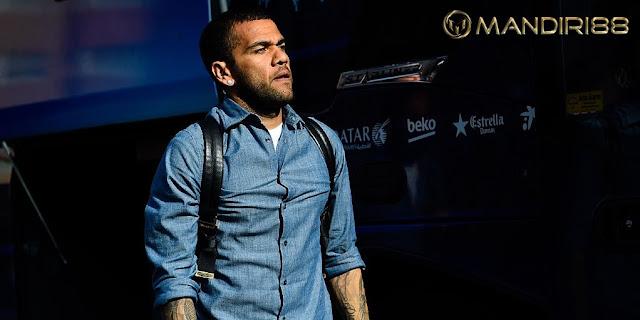Surat Perpisahan Dani Alves Untuk Juventus