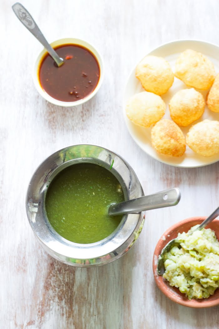 How to make pani puri recipe, how to make puchka recipe, how to make golgappa recipe, pani puri ka pani recipe at www.oneteaspoonoflife.com