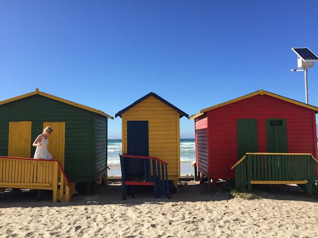 Bunte Häuschen am Strand von Muizenberg