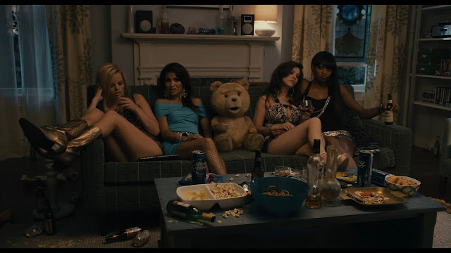 Ted Extended - 1080p - Latino - Captura 3