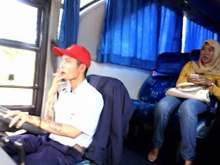 Bus, Sarjana Hukum, UMY, Universitas Muhammadiyah Yogyakarta