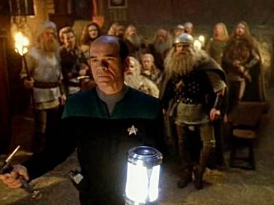 Star Trek: Voyager - Season 1 Episode 12: Heroes And Demons
