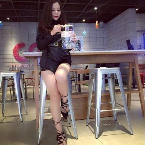Hot girl Hằng Bi xinh đẹp 2