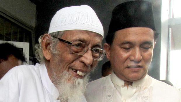 Abu Bakar Ba'asyir bersama Yusril Ihza Mahendra di Lapas Gunung Sindur, Bogor, 18 Januari  2019