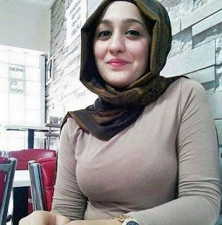 Tante girang jilbab - tante girang kerudung - Tante girang hijab