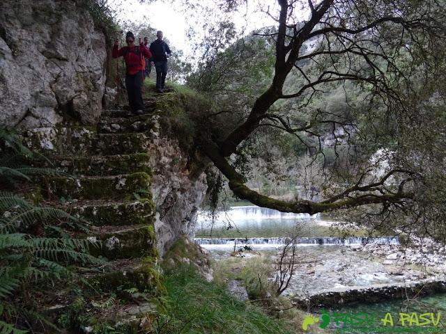 Ruta a la Pica de Peñamellera: Tramo por la central de Niserias