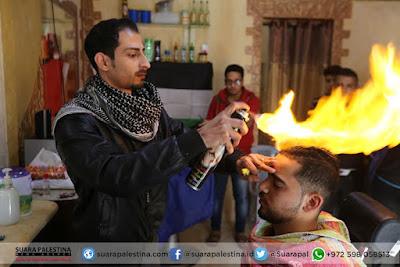 Pangkas Rambut Teknik Nyala Api A la Pemuda Gaza