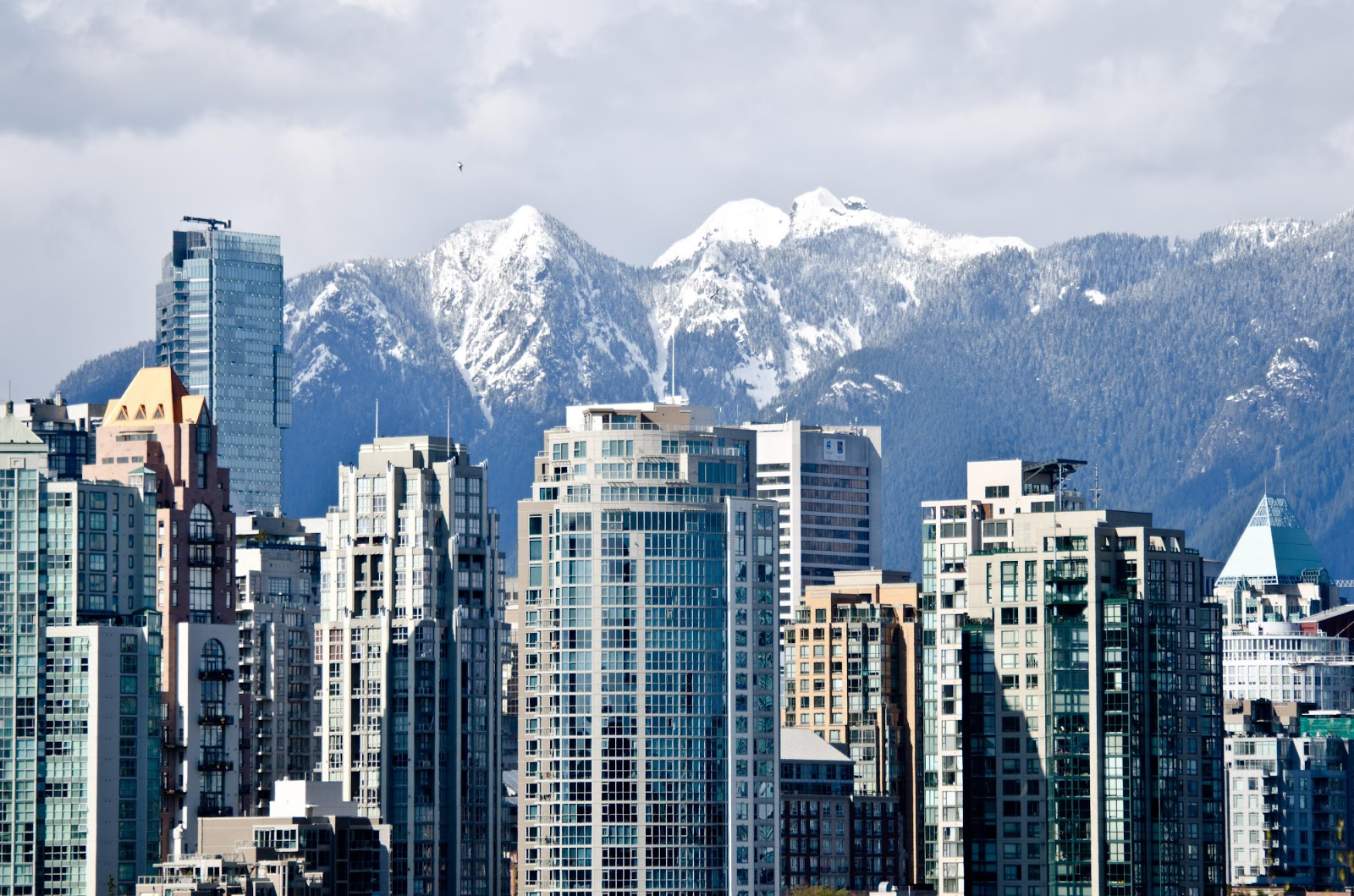 Pelalusa: Downtown Vancouver and the North Shore