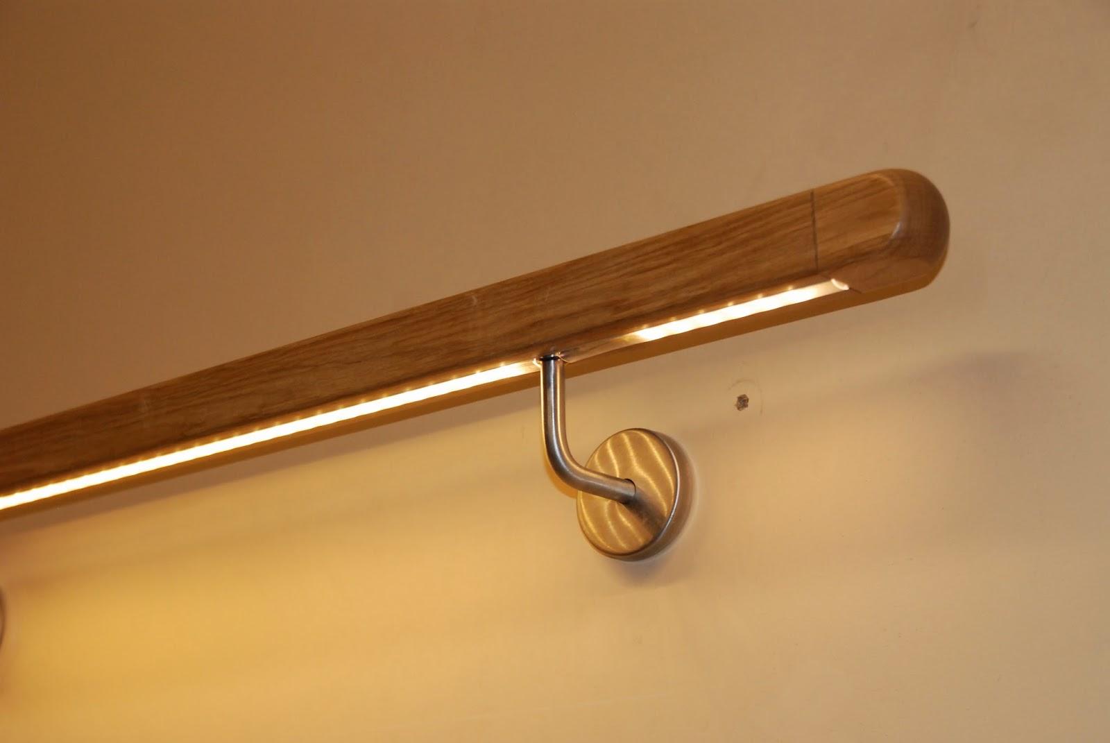 h k treppenrenovierung treppenbeleuchtung im handlauf praktisch und modern. Black Bedroom Furniture Sets. Home Design Ideas
