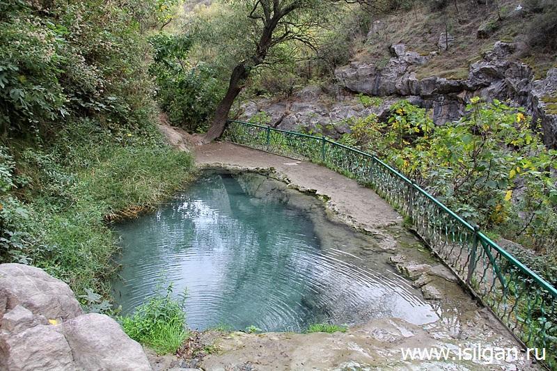CHertov-most-ushchele-Tatev-Armeniya