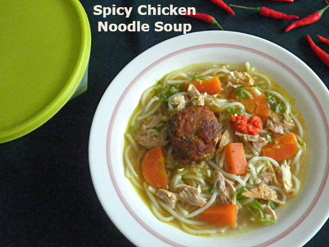 Spicy Chicken Noodle Soup Recipe  @ treatntrick.blogspot.com