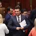 Χαρούμενος ο Ζάεφ! Φέρεται να βρήκε τους 80 βουλευτές για συνταγματική αναθεώρηση