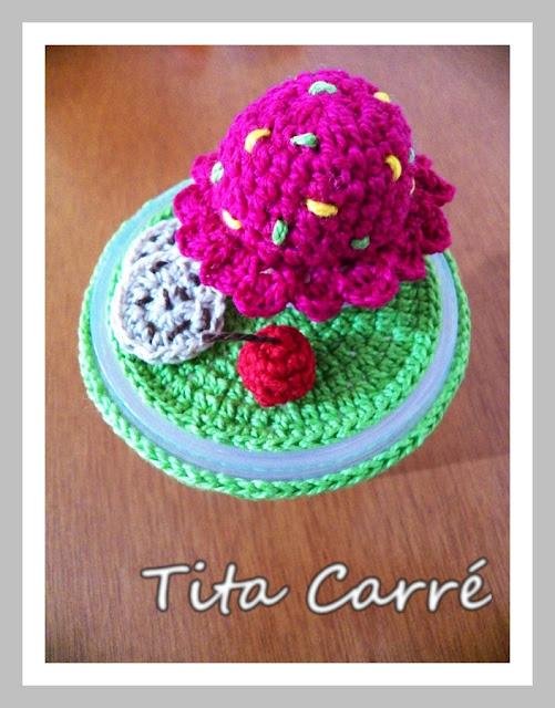 Potes decorados com crochet