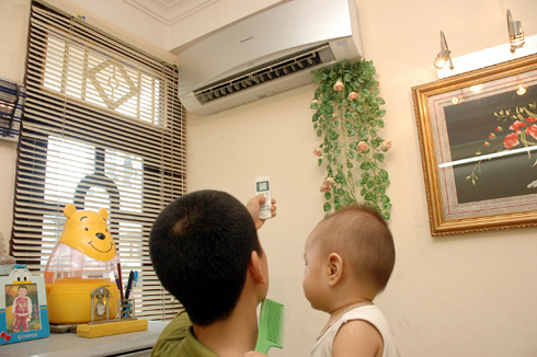 Tự vệ sinh máy lạnh Sanyo tại nhà