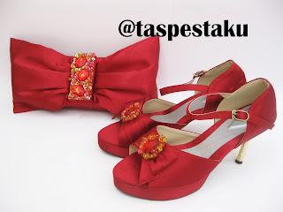 Tas Pesta Maroon dan Sepatu Pesta Mewah Handmade Mewah Cantik