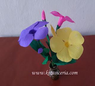 Cara Membuat Bunga Alamanda dari Kertas Krep