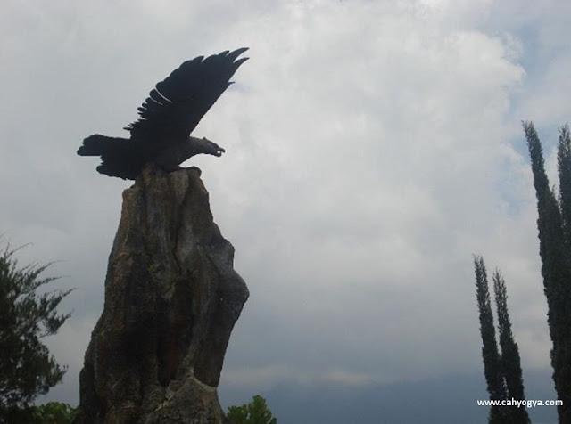 Puncak Garuda Merapi