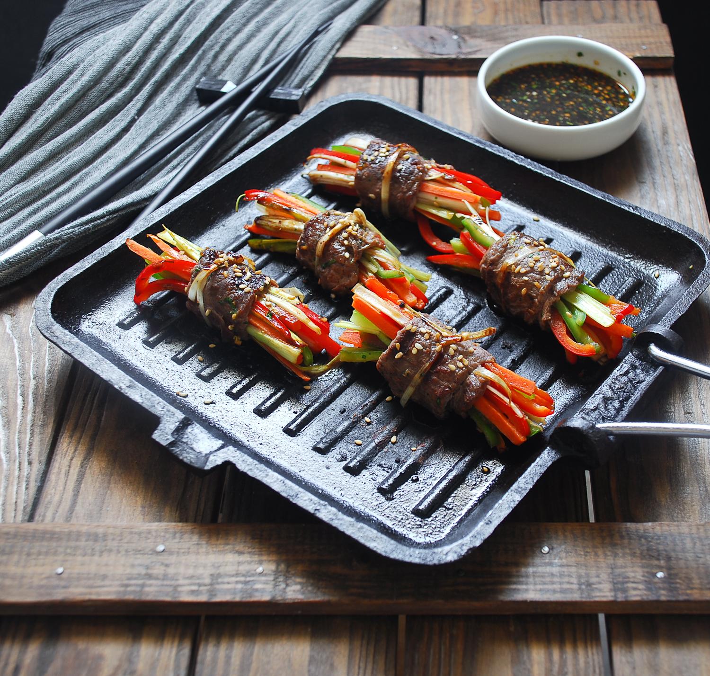 Rollitos asiáticos de carne y verduras