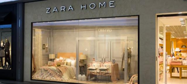 Η viral φωτό έξω από τα Zara Home - Αστεγος έξω από τη βιτρίνα με το άδειο κρεβάτι