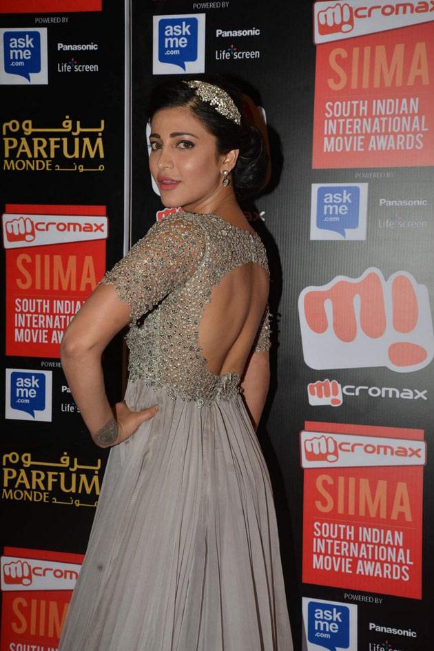 Tollywood Actress Shruti Haasan Stills At Siima Awards