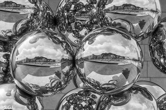 Bolas de kapoor en el reto 5 fotos en blanco y negro