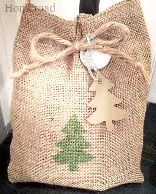 Burplap bag with Christmas tree