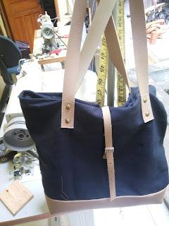 Produksi Tote Bag dan Tas Wanita Lainnya