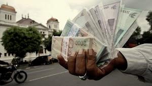 Tukar Uang Lebaran Di Jalan, Cendrung Riba.