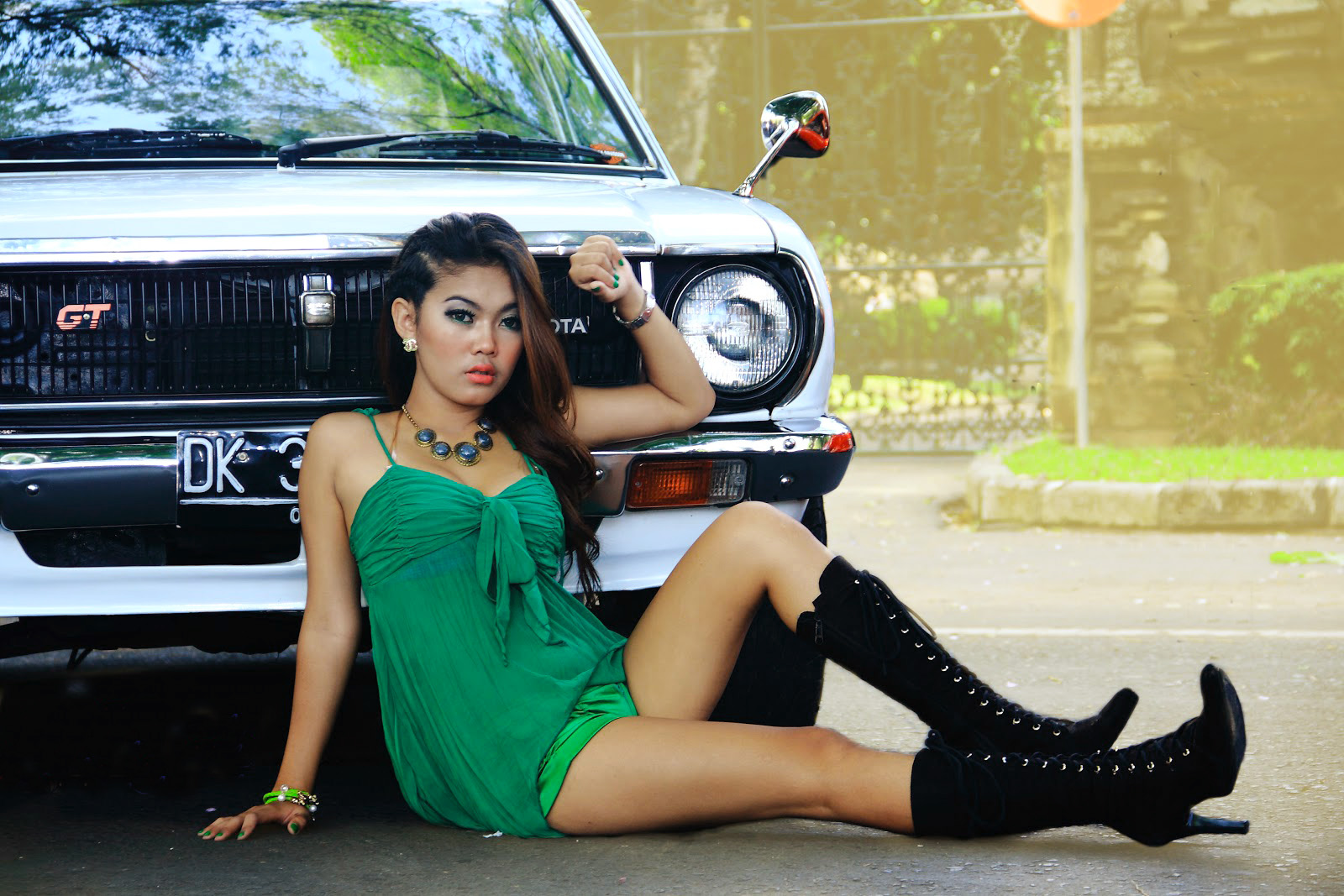 foto hunting model terbaru paha mulus model