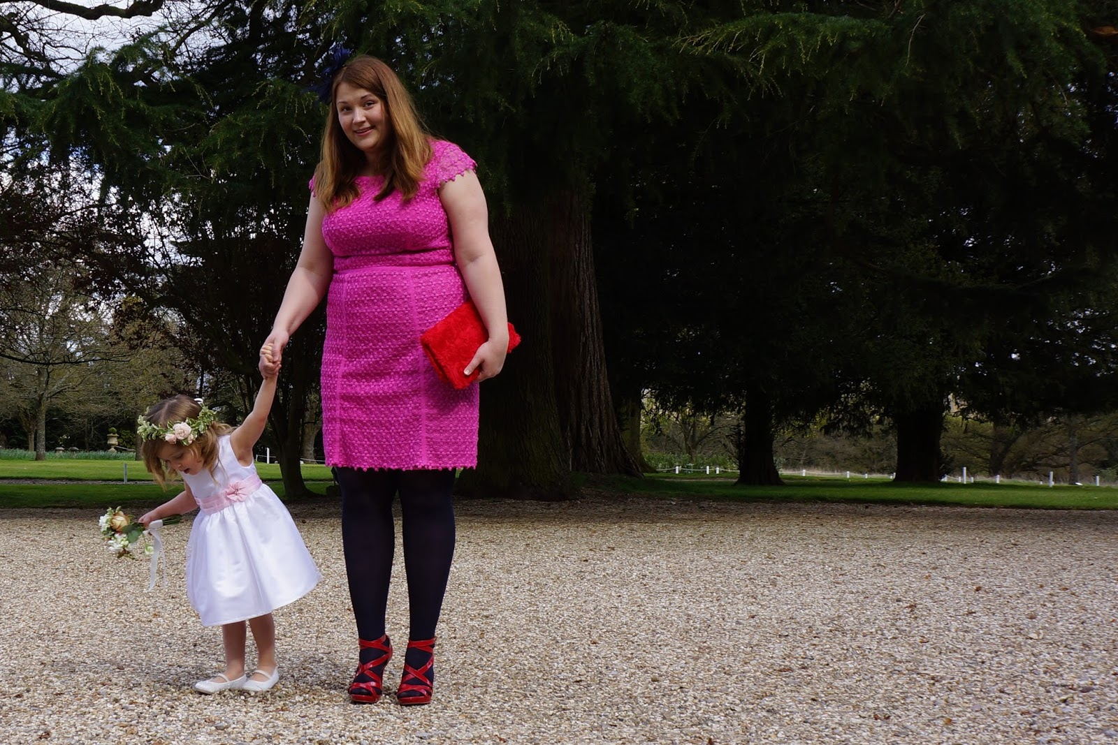 mum and daughter at a wedding