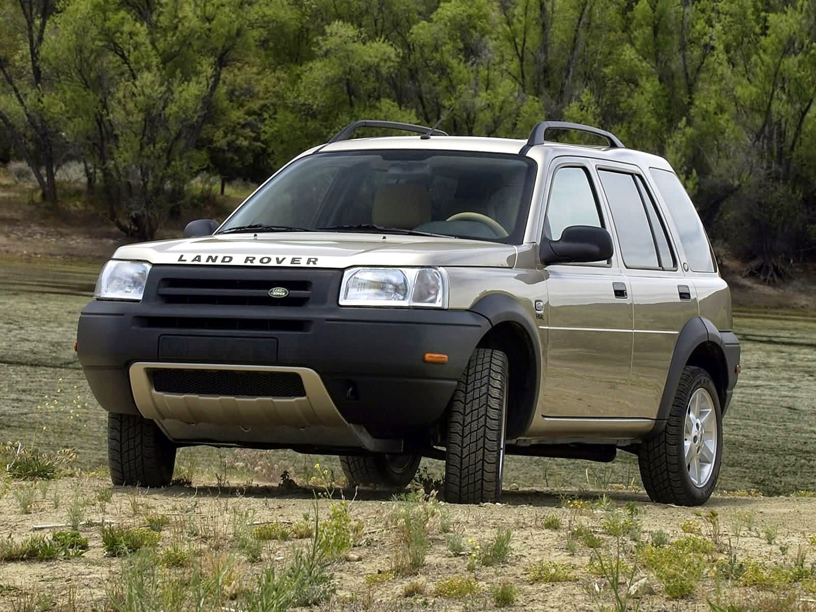 28 2013 Land Rover Freelander 2 – Now more rugged striking and