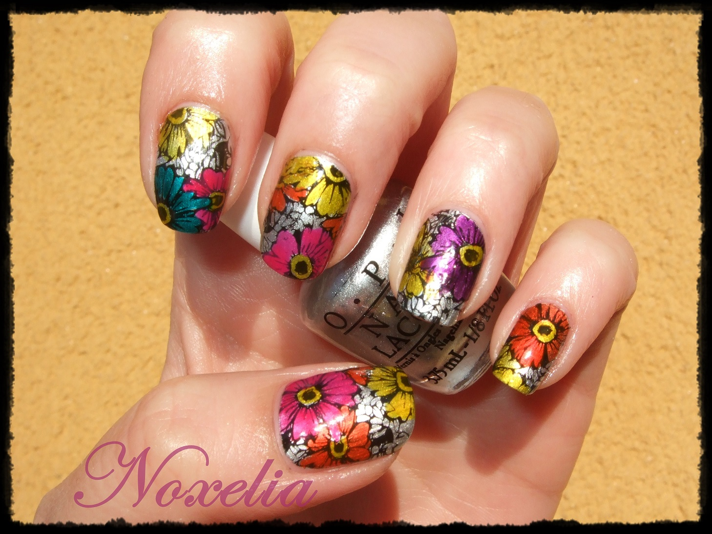 Noxelia: Stamping nail art: Look de uñas Nº 312. Color Paints Opi