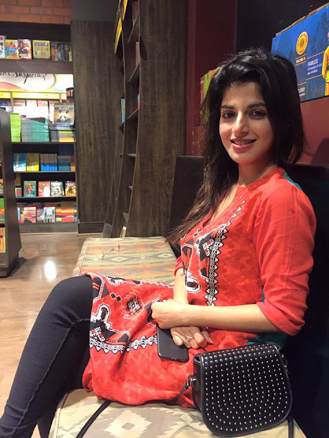 Iswarya Menon Latest Stills 2016