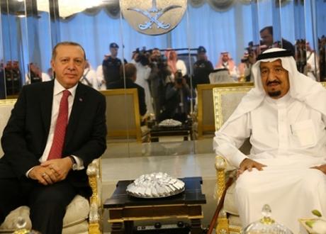 Erdogan Tolak Islam Moderat di Arab Saudi
