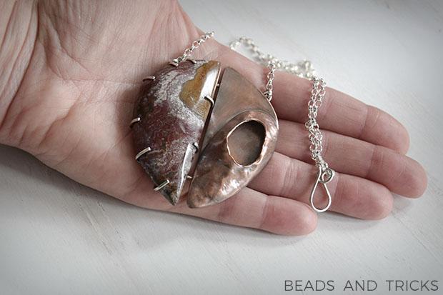 Collana con centrale in rame, diaspro e argento