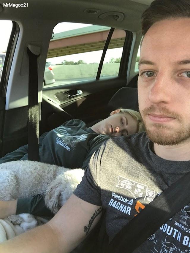 بالصور رجل يصور زوجته وهي نائمة !!!