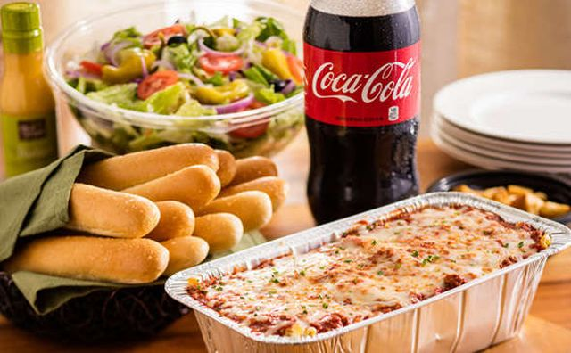 olive garden offers    family meal brand eating