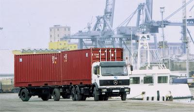 Vận chuyển hàng hóa Container nội địa, xe container